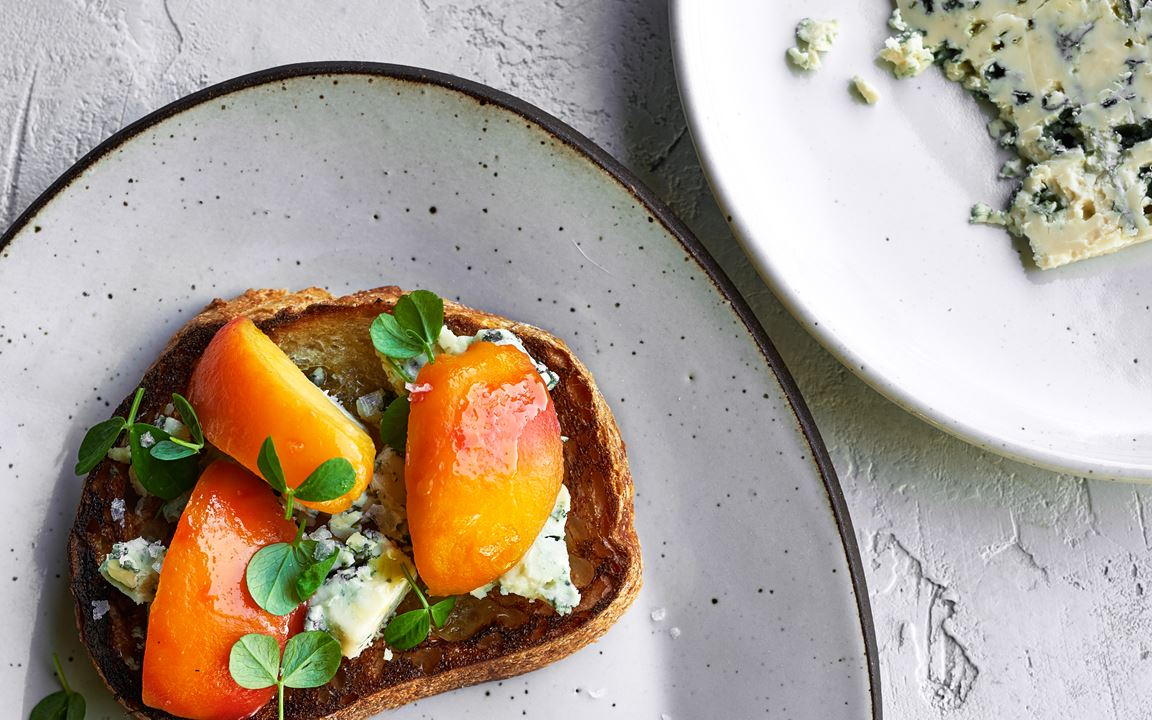 Blue cheese toast with summer peaches