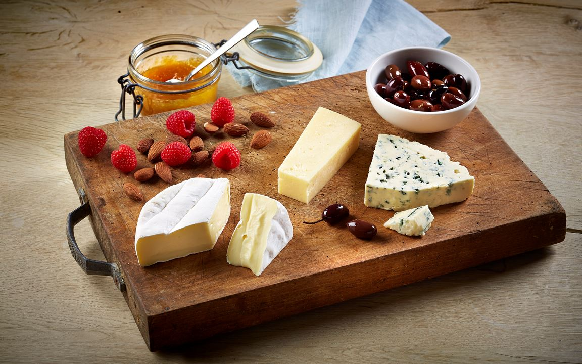 Burnt-inspired cheese board