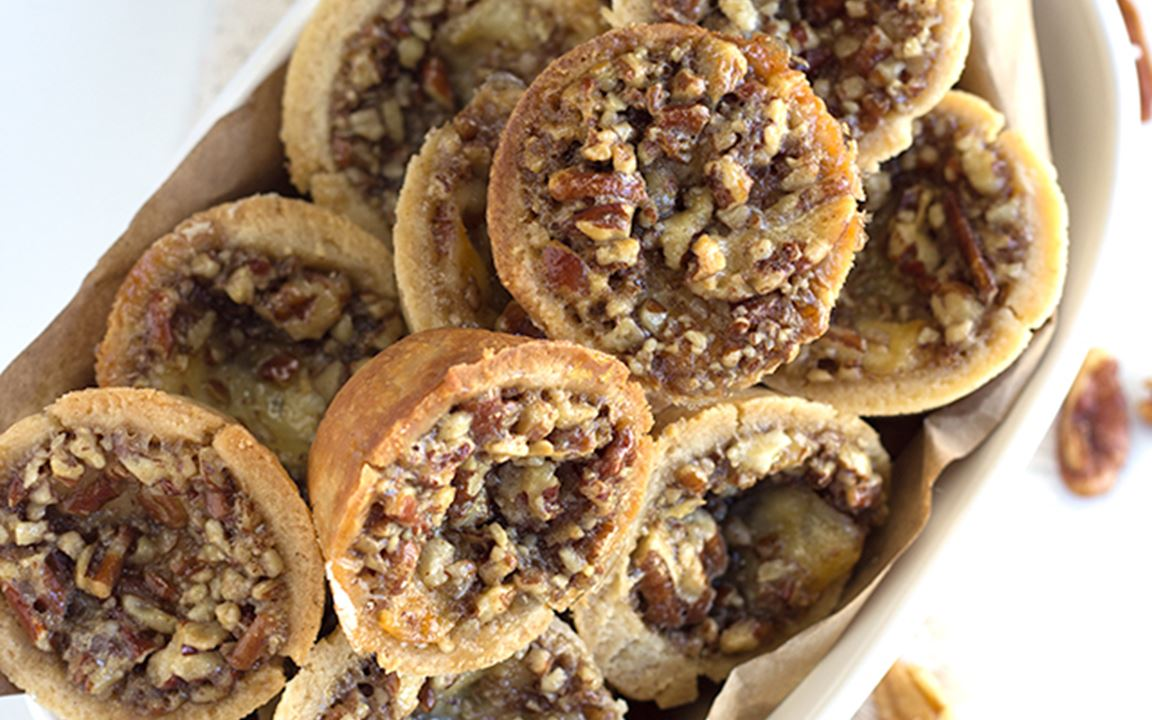 Cheesy pecan tassies