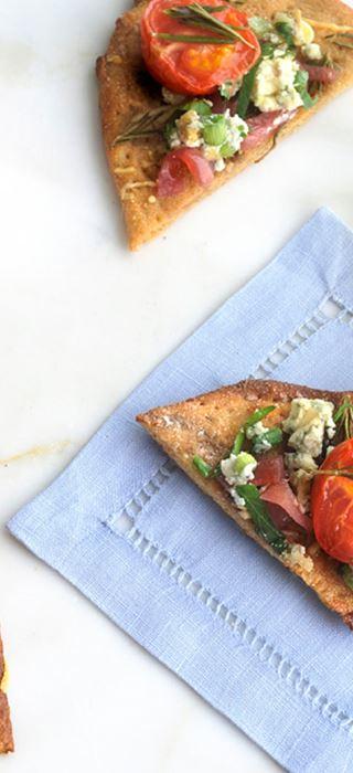 Crispy tomato flatbread with Blue Cheese Crumble