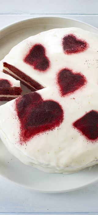 Red beet cake with lime frosting