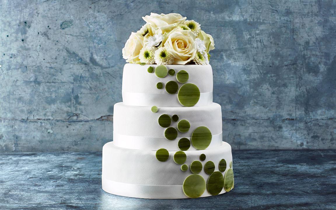 Bröllop i vitt och grönt