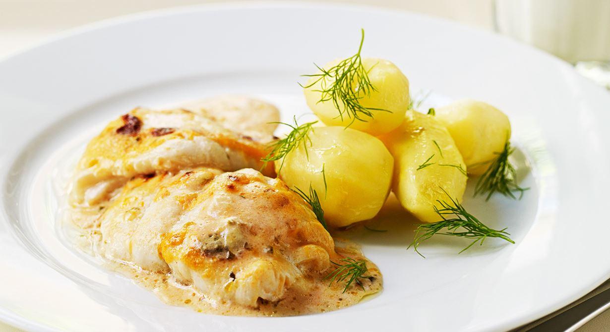 Gratänger gör vi alltid på färsk fisk. En förälder tackade oss i Hallandsposten för att vi lärt hennes son att äta fisk. Nu äter de fisk hemma två gånger i veckan. Specialkost: Går att göra laktosfri genom att använda laktosfri produkter.