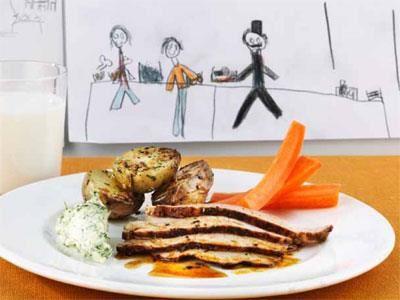 En typisk restaurangrätt och en favorit hos oss. Vi väljer gärna svenskt kött. Fläskytterfilén ugnsgrillas så att stekytan får smak. Köttet går sedan länge på eftervärme tills det blir mört och fint.