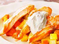 Lax är billigt, men fortfarande en söndagsrätt för många. Rotfrukterna får ny pigg pyttkostym med rivet apelsinskal. Den runda såsen med syltad och söt ingefära är omtyckt och livar upp laxen.