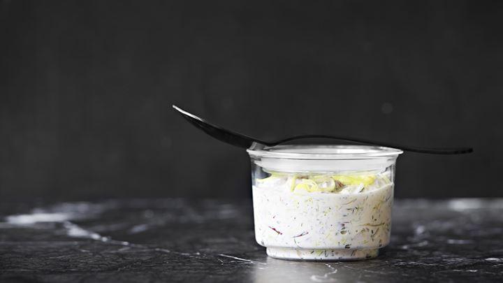Matjessill i lök- och kaviarsås