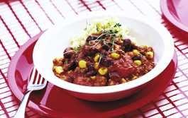Matig körrfärsgryta med röda bönor ger stor matglädje för liten peng.