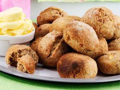 Osten ger saftiga och smakrika scones.