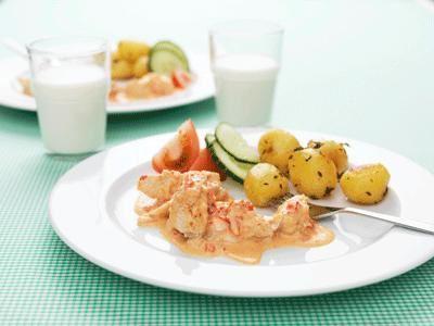 Från början en krämig sås på mixade grönsaker. Nu har den blivit en favorit med kyckling.