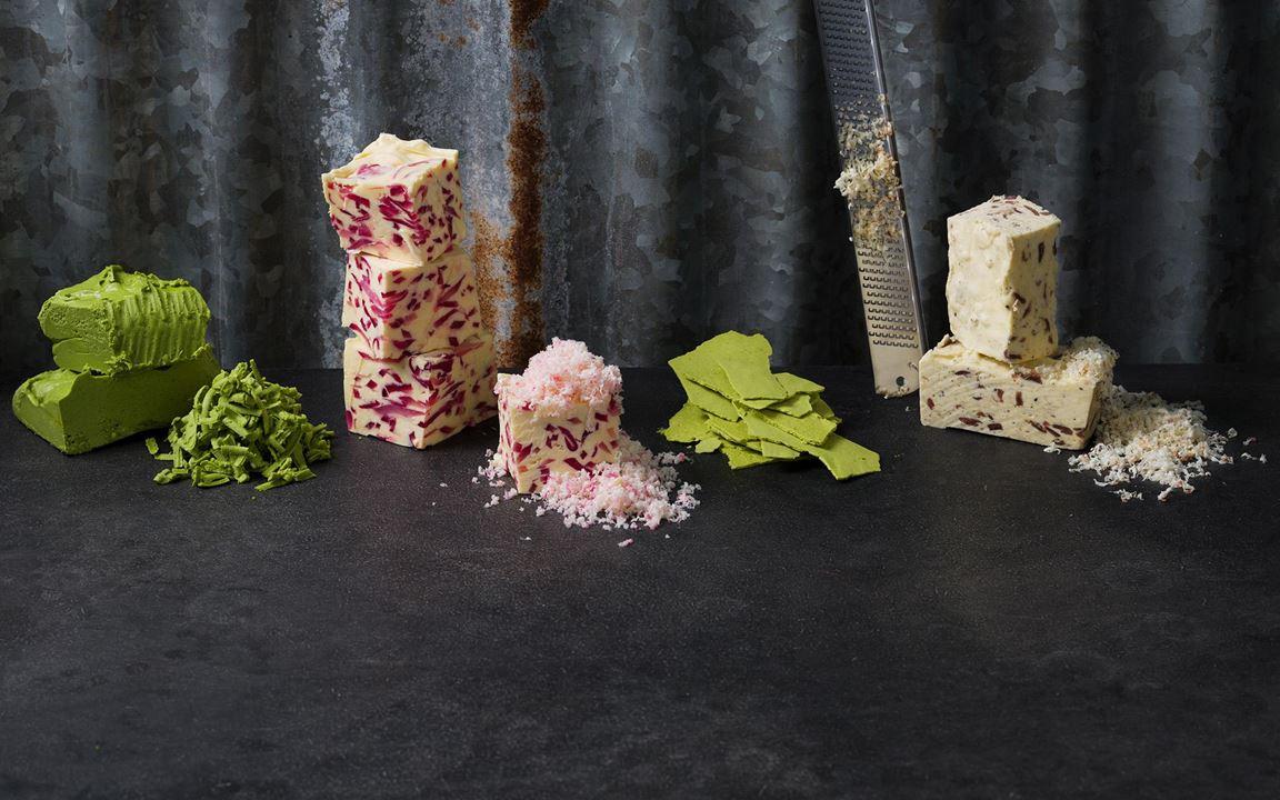 Picklat är alltid populärt och ger här ett sötsyrligt smör. Passar utmärkt till matjessill, potatis, grillat kött och grillade grönsaker.