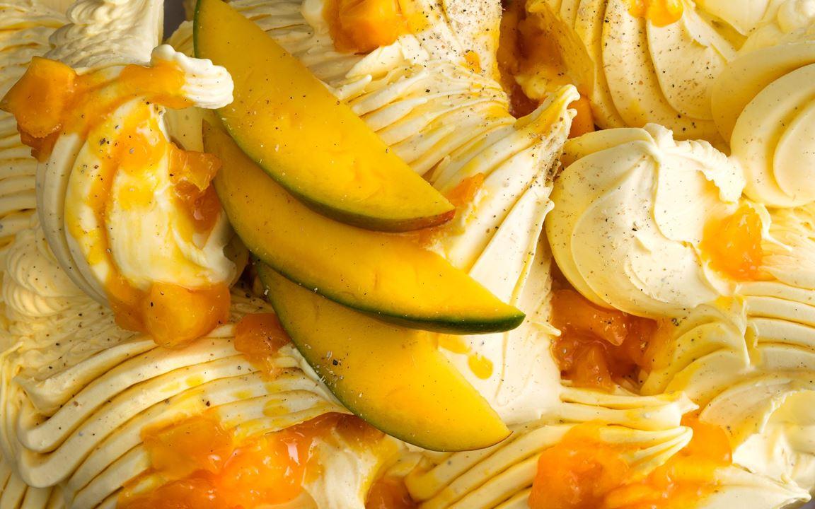 Yoghurtgelato med mango